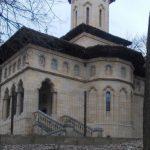 Slujbe la Capela Brătienilor